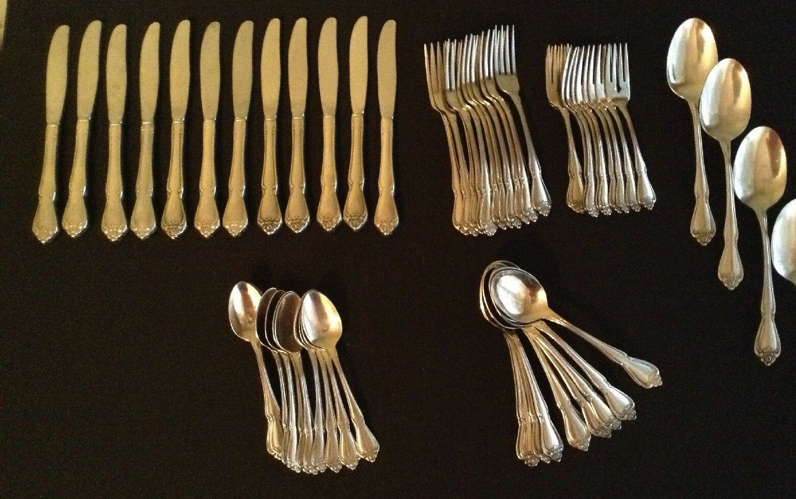 Oneida stainless arbor rose 59 pieces 10 place settings + extras