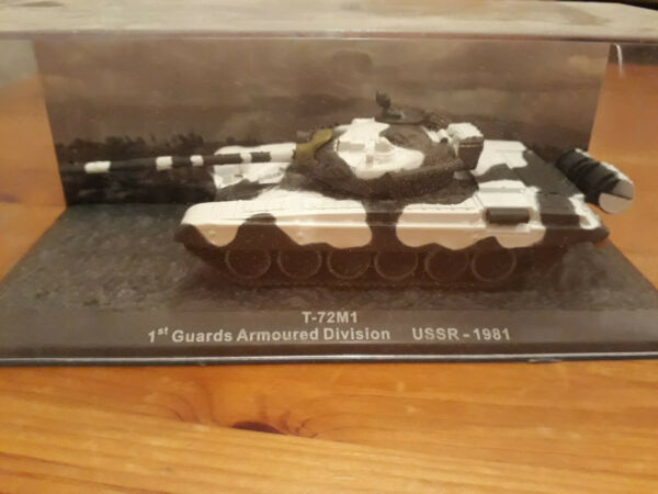 1:72 T-72 M1 1st Royce Armoured Division Ussr - 1981