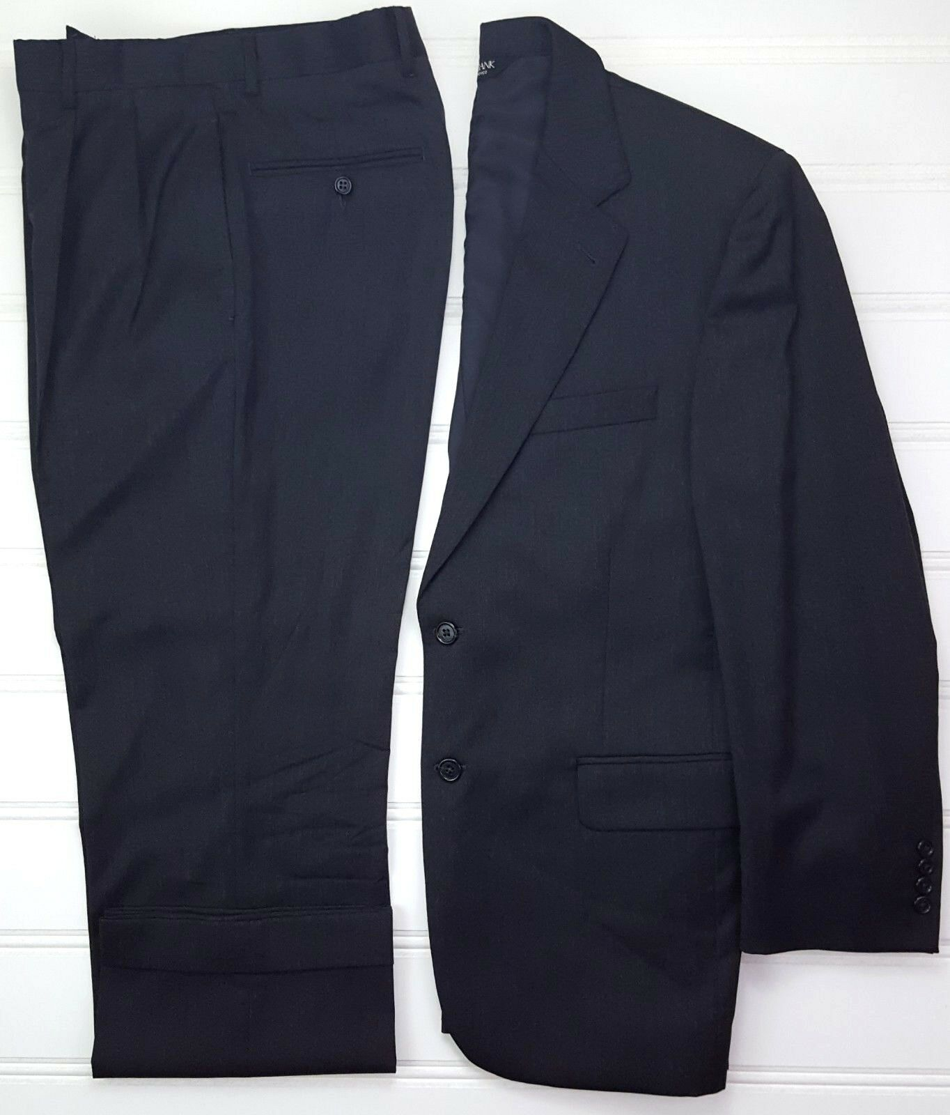 Jos A Bank 40S Suit grau 2 Button  Herren Wool Pleated Cuffed Signature Collection