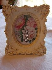 """Gorgeous 2.6"""" x 3.4"""" Photo Frame Victorian Reproduction Picture Small Detail"""