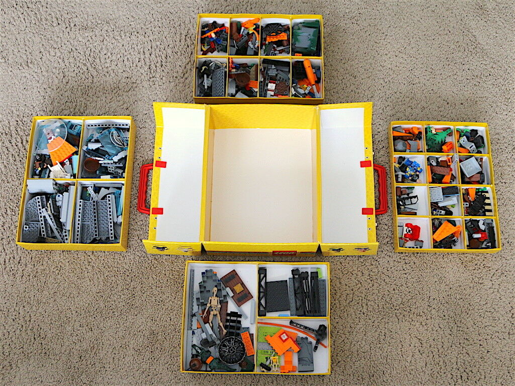 Lego Carry Carry Carry & Storage Case with Lego's (Read Info & View Photos Before Buying)   0ed4ba