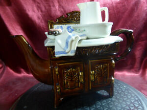 Paul-CARDEW-Collectible-novelty-VICTORIAN-WASHSTAND-TEAPOT-Wash-Stand-Tea-Pot