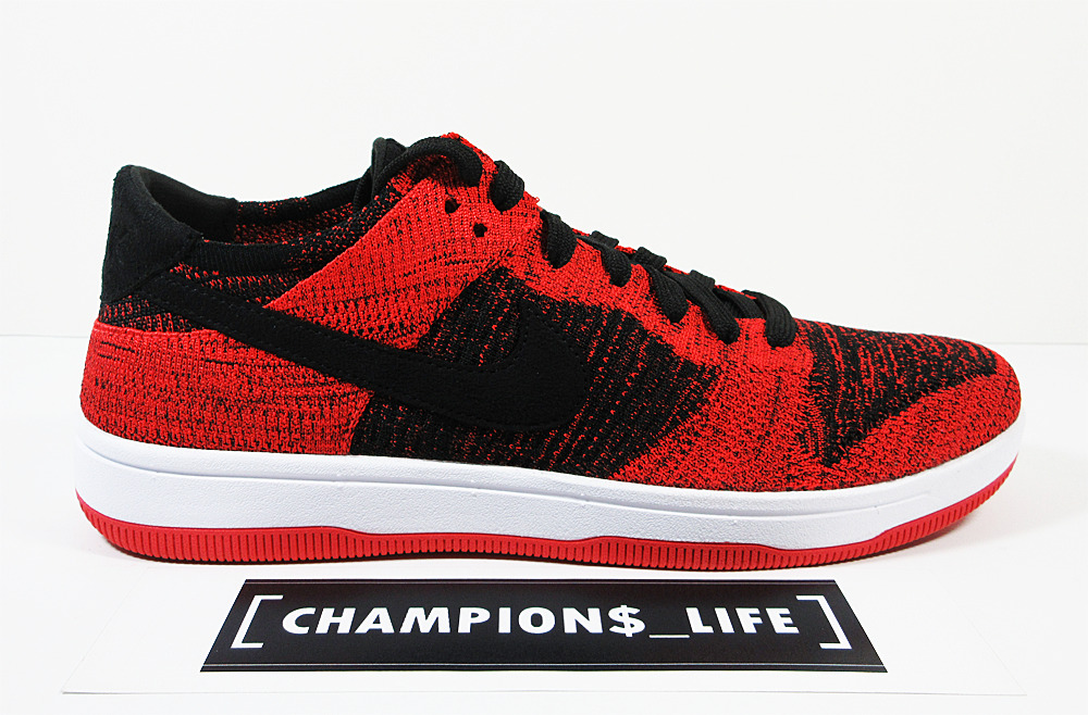 NIKE DUNK FLYKNIT - RED - SZ. 10 - DS - 100% AUTHENTIC