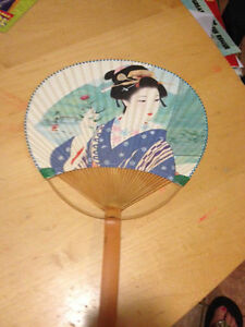 Oriental-Geisha-Lady-Japanese-Hand-Held-Fan-Choice-of-color