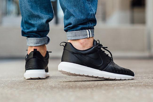 NIKE ROSHE Presque comme neuf LSR Chaussures-Noir-