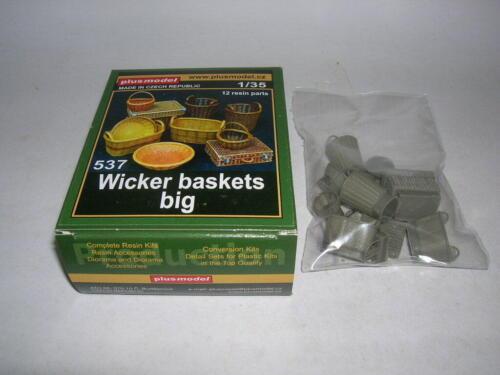 Neu Plus Model 537-1:35 Wicker baskets big
