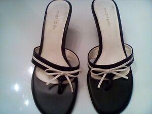 Womens-black-and-white-Maripe-slide-in-sandal-Size-7-5-medium