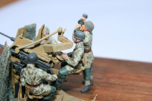 Bedienung 4 Fallschirmjäger 1//48 NW 007 2cm Flakvierling