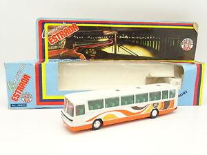 Rei-Schuco-Brazil-1-66-Car-Autocar-Mercedes-Omnibus-O303-Rapido-Serrano
