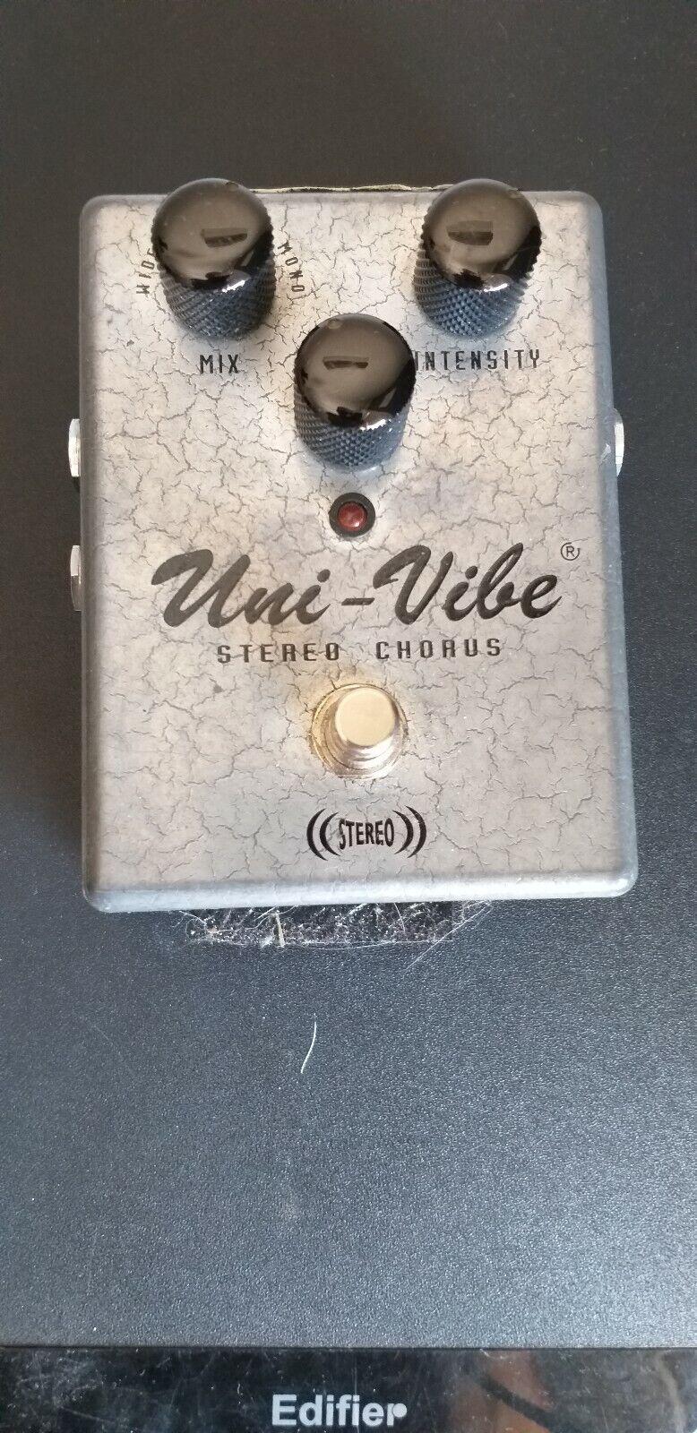 Dunlop USA Uni-Vibe UV-1SC Stereo Chorus Vibrato Effects Pedal  Fuori Produzione