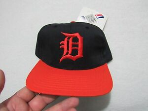 low priced 9e5d6 35b8c 70320 99370  coupon image is loading nwt vintage detroit tigers twins  enterprise snapback hat 997ee 5516f