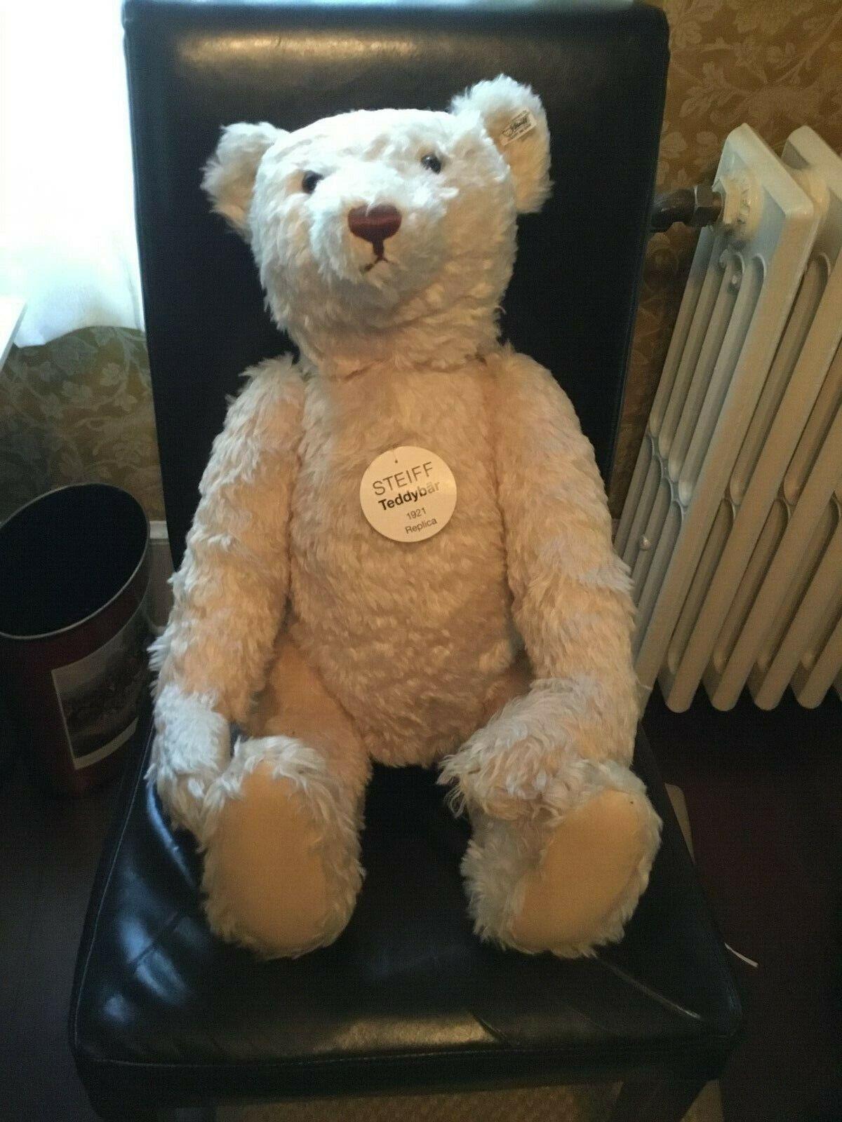 EAN 420108 LIMITED EDITION NWT STEIFF Teddy Bear Mohair PICNIC with Basket +