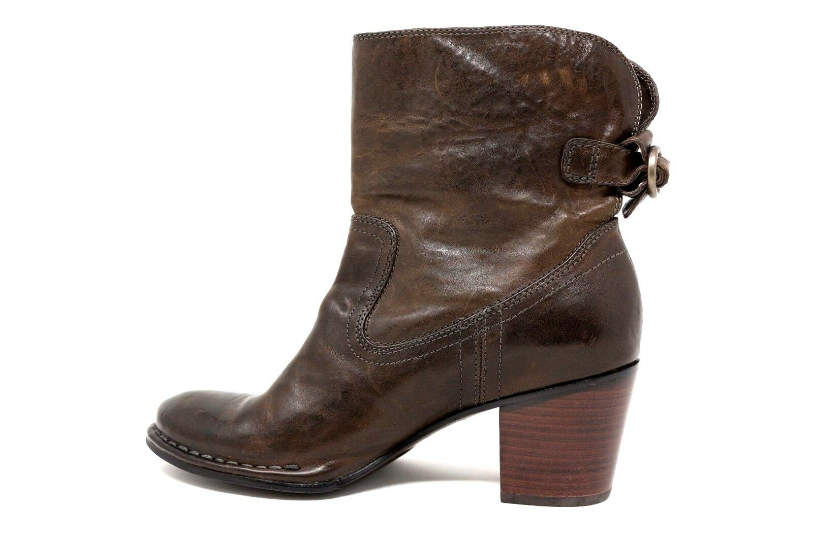 Frye Braun Distressed  Leder Bootie Rear Buckle Pull On Bootie Leder Stiefel Damens Size 9.5 07c695