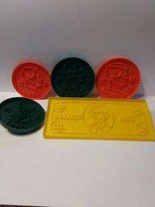 """Vintage 1976 """"Wecolite Money Cookie Cutters"""" Lot of 5 Play Doh School Projects"""