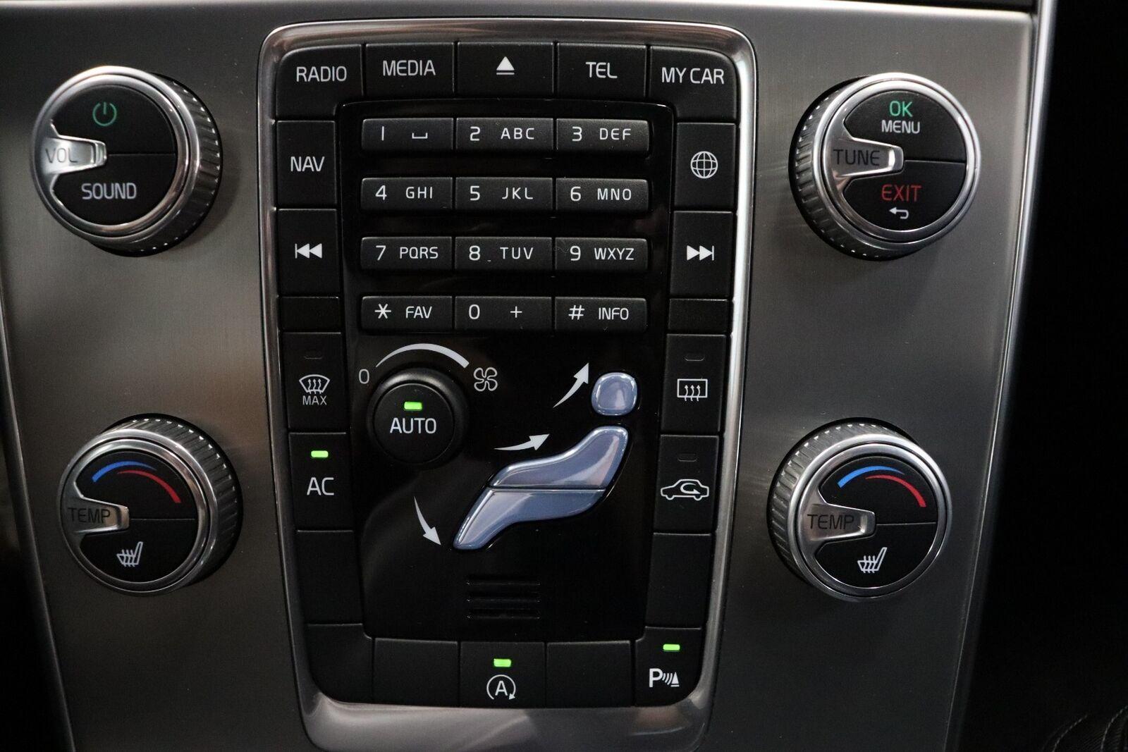 Volvo V60 D3 150 Momentum Eco