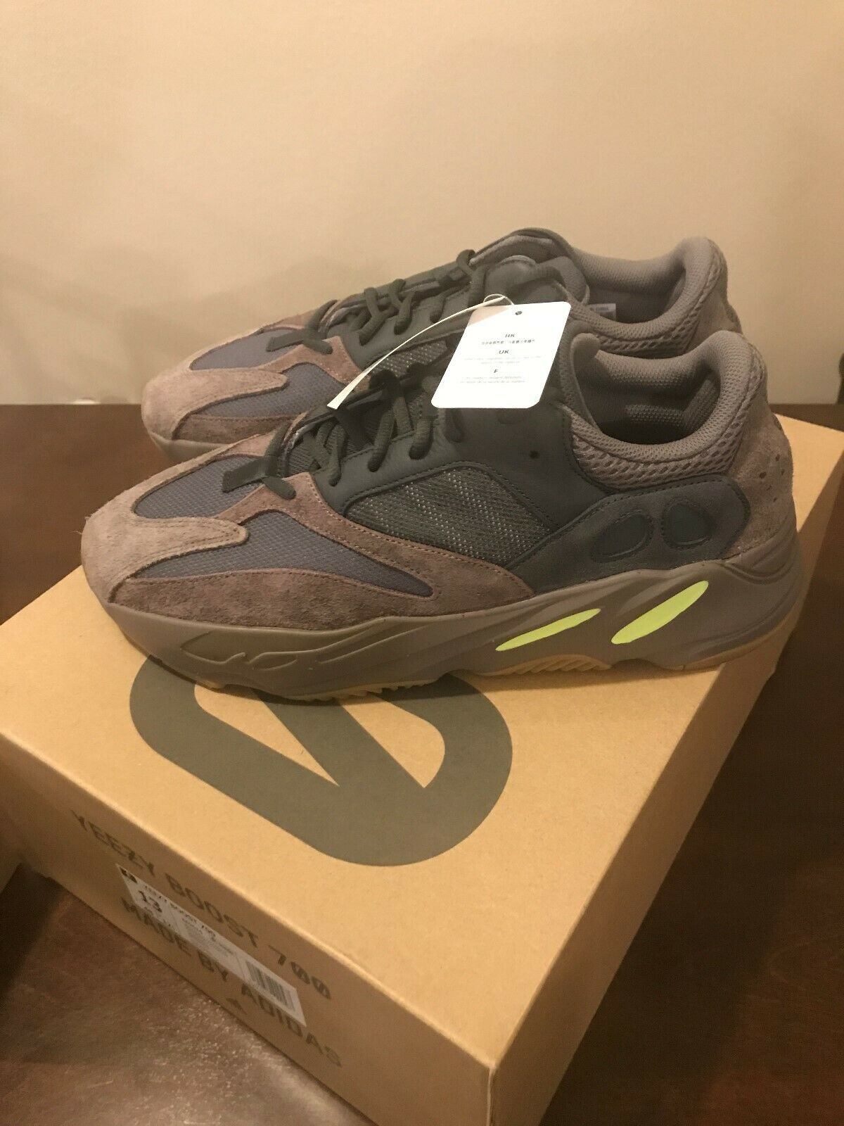 508333171 Adidas Yeezy Boost 700 MAUVE Size 13 m READY TO SHIP. Adidas yeezy boost  350 V2 ...