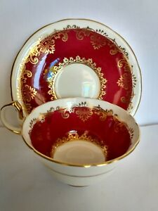 AYNSLEY-England-Wide-Mouth-Cup-amp-Saucer-Maroon-white-amp-Gold-corset-waist