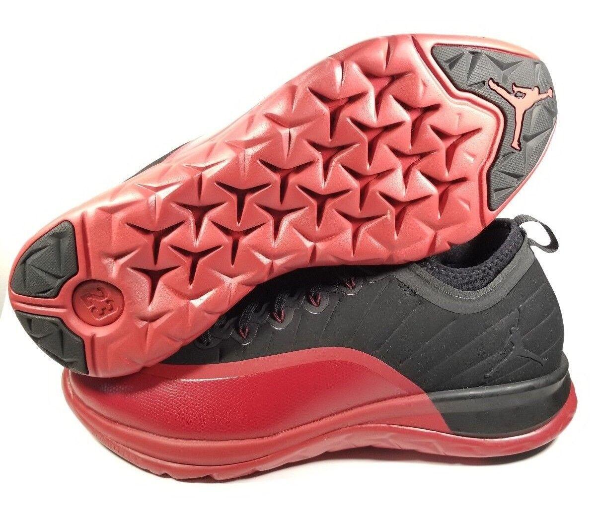 Jordan Trainer Prime Black - Red 881463 060 SZ 11,5