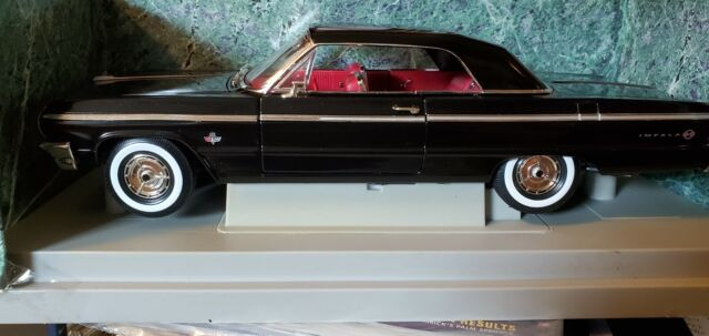 American Muscle 1/18 Die Cast Cars 1964 Chevy Impala SS Ertl Black