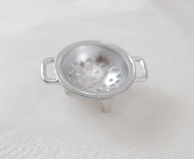 Dollhouse Miniatures 1:12 Scale Silver Colander #IM65080