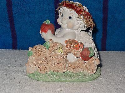 Dreamsicles Figurine- Kindergarden Cherub- ABC's- 1999