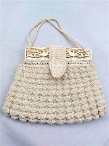 Vintage-Ivory-White-Cream-Crochet-Macrame-Purse-Handbag-Wristlet-Plastic-Handle