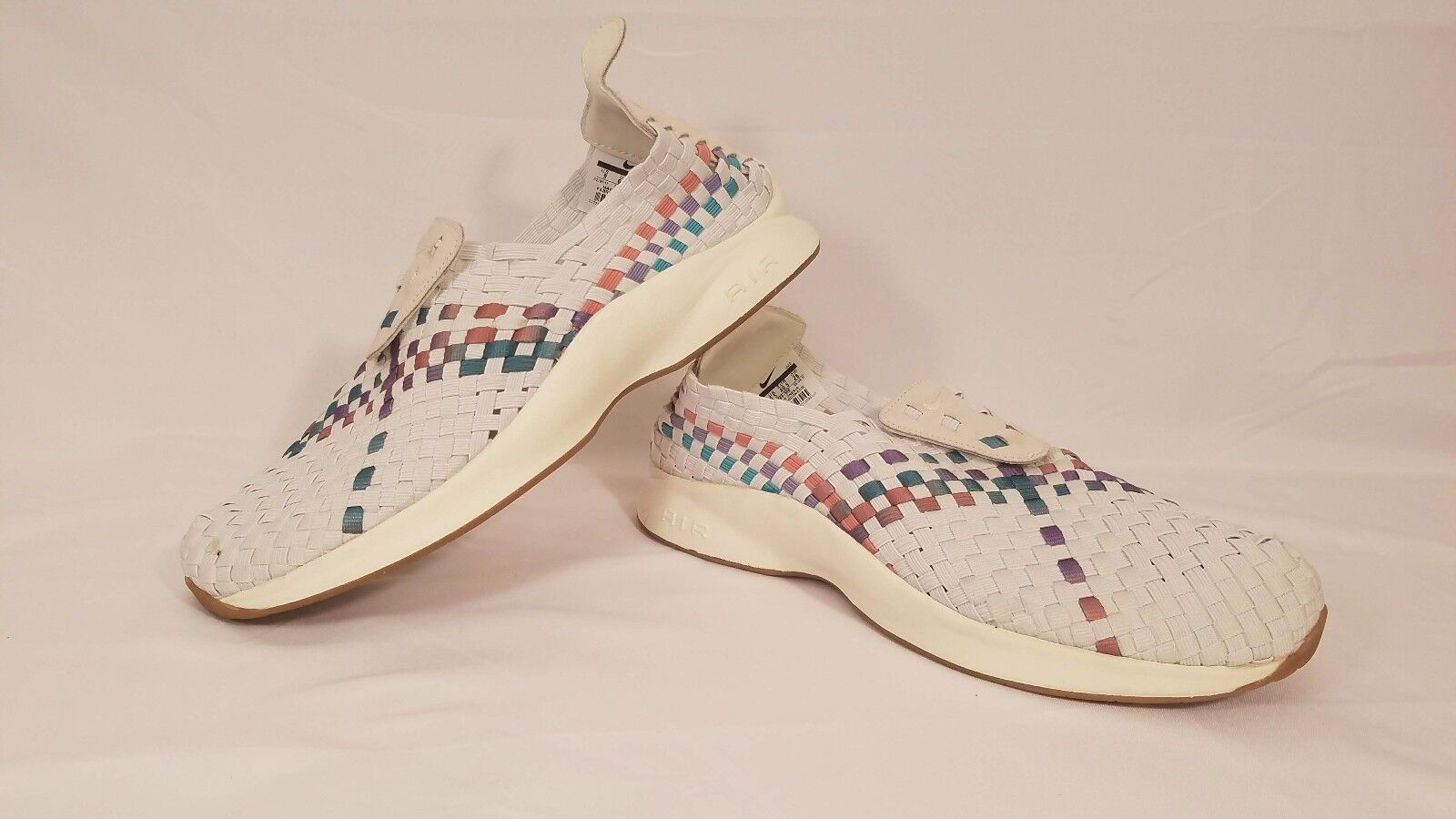 Nike Air Woven Sail, White, Red, Orchid Mist Running Shoes 302350-100 Size 9