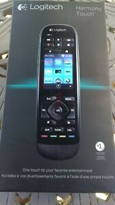 LOGITECH-HARMONY-TOUCH-UNIVERSAL-REMOTE-CONTROL-W-COLOR-TOUCH-SCREEN-915-000198