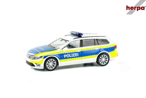 """nuevo /& OVP Herpa 932707 VW Passat gte /""""policía Gifhorn/"""""""