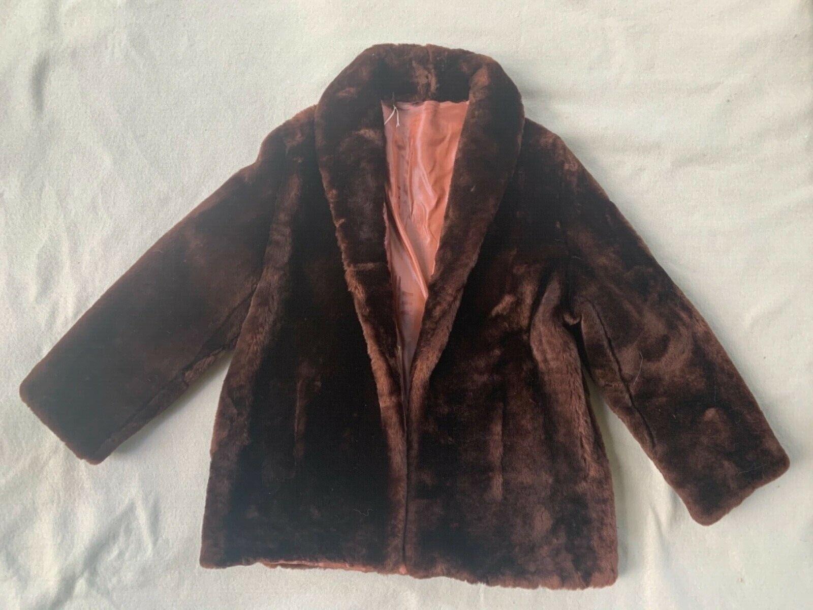 """""""Fur Label Authority' vintage 1940's mouflon short coat/jacket-M*"""