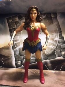 Dc-comics-Justice-league-movie-Wonder-Woman-1-6-12-inch-action-figure-new-loose
