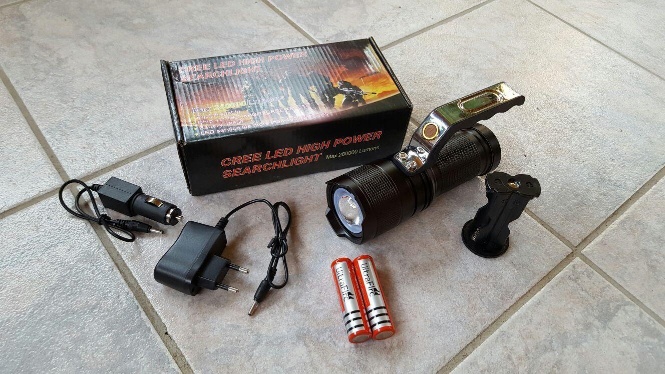 1000 Meter Taschenlampe Zoom Suchlicht 28000 Lumen Cree LED SMD XML-T6 schwarz