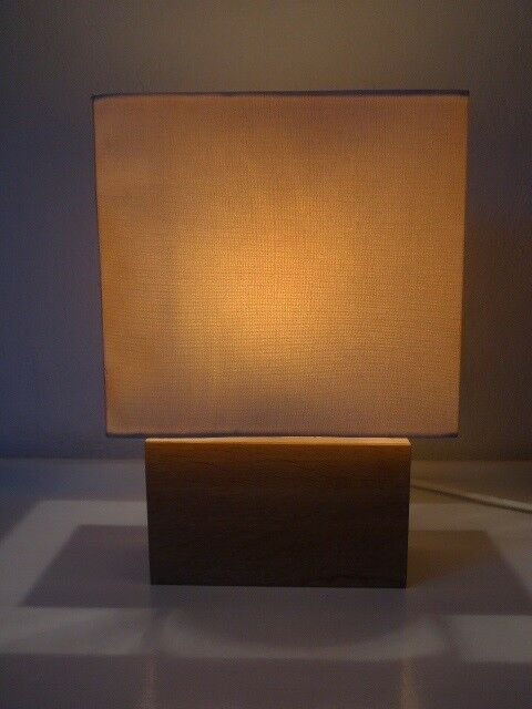 Anden arkitekt, Dane, bordlampe