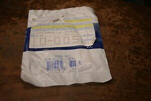 NEW  OEM Johnson /& Evinrude  PISTON RINGS OEM 396377