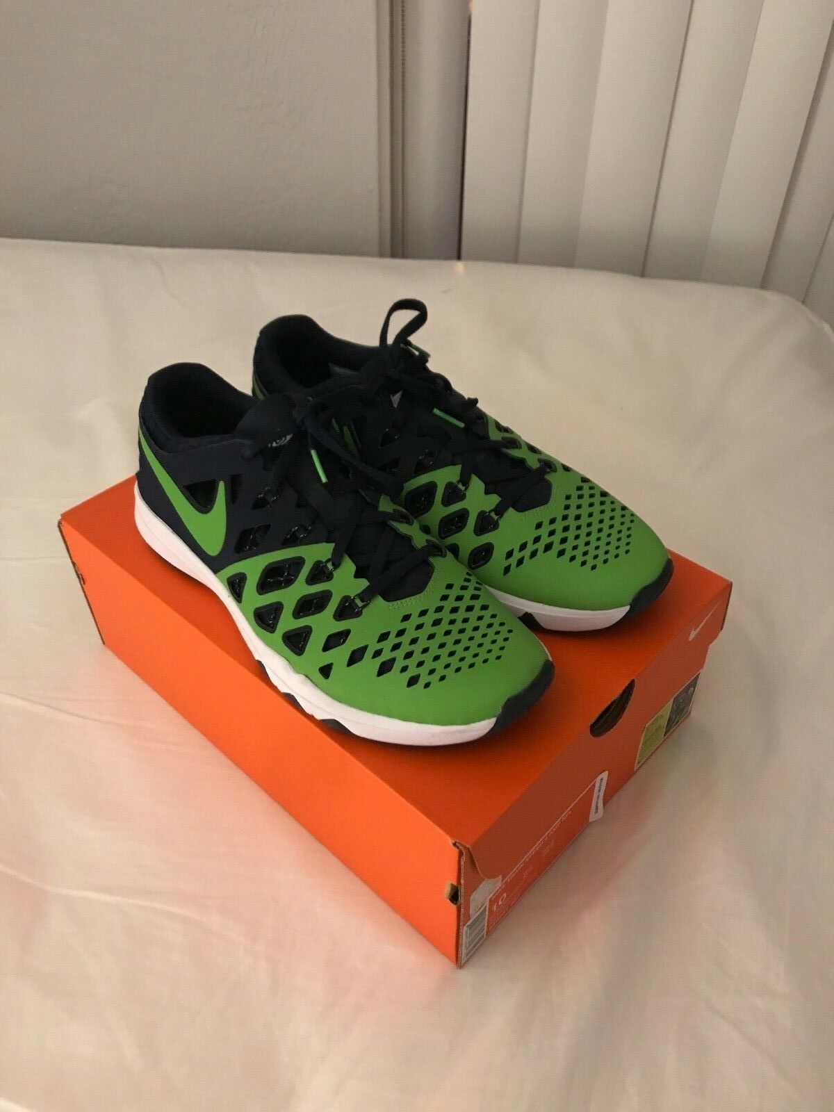 Men's Nike Trainer Speed 4 AMP shoes NFL - Seattle Seahawks - size 10