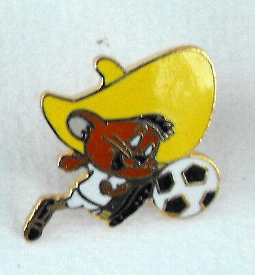 WARNER BROS LOONEY TUNES SPEEDY GONZALES pin mint 1991 FRANCE soccer L@@K