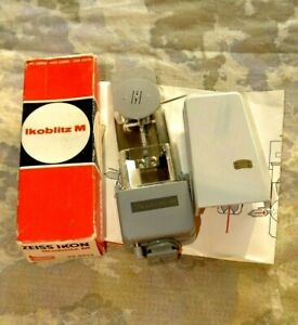 Zeiss-Ikon-Ikoblitz-M-Flash-Unit-with-Original-Box-and-Instructions