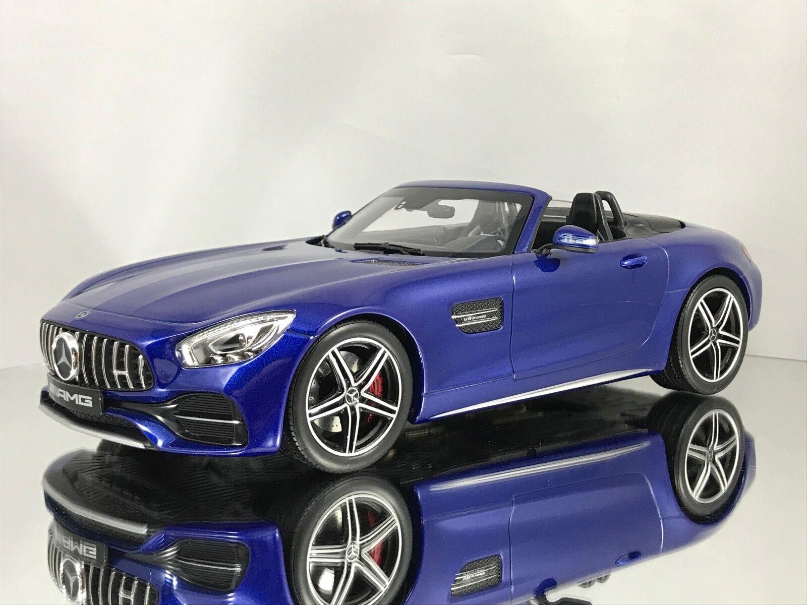 Norev Mercedes-Benz GT C (R190)  AMG ROADSTER cabriolet voiture modèle bleu 1 18  première réponse