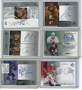 MARTIN-GERBER-Auto-2005-06-SP-Authentic-Sign-of-the-Times-MG-Carolina-Canes