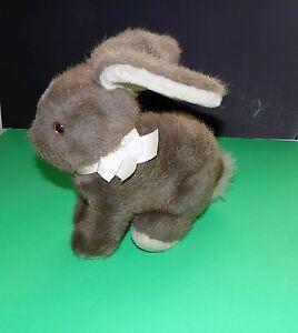"Vintage Dakin 1986 Easter Bunny Rabbit Sitting 9"" Brown Plush Boys & Girls 3 +"
