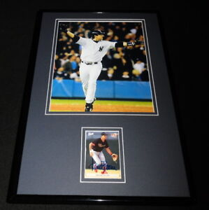 Aaron-Boone-Signed-Framed-11x17-Rookie-Card-amp-HR-Photo-Display-Yankees