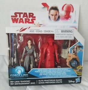 Star-Wars-Force-Link-Rey-Jedi-Training-and-Elite-Praetorian-Guard-Figures