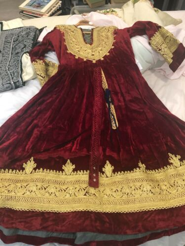 VINTAGE AFGHAN NATIVE WOMAN'S DRESS, seems to be v