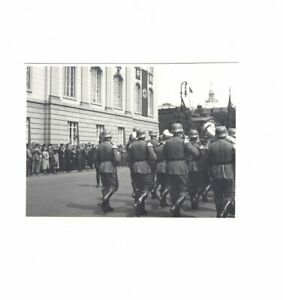 Foto-Wachparade-Berlin-Unter-den-Linden-1937