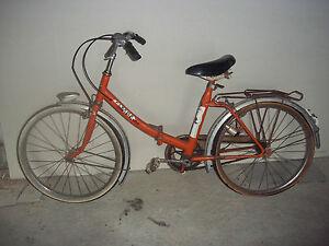 mini-velo-pliant-vintage-couleur-orange-marque-FLECHE-D-039-OR
