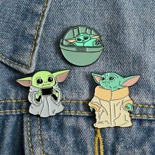 Official Star Wars The Mandalorian 10 Pin Badge Set