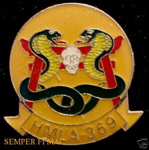 HMLA-369-GUNFIGHTERS-HAT-LAPEL-PIN-UP-US-MARINES-AH-1-COBRA-HELICOPTER-SKULL