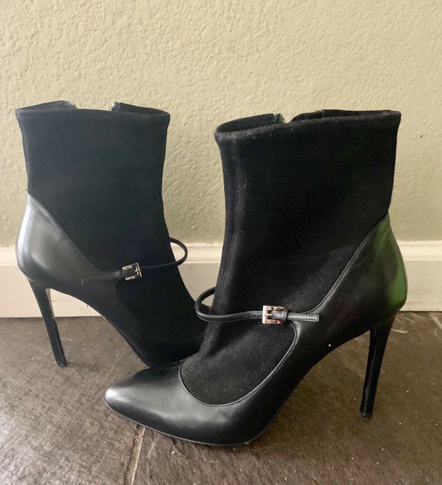 Stunning Sock Stiefel Stiefel Stiefel By Prada 39.5 - Check It Out b4c58e