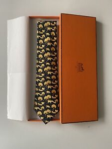 Hermes-Paris-Men-039-s-Black-Brown-Regular-Size-Neck-Tie-Cow-Print-Silk-Graphic-NEW
