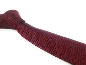 GUCCI-Tie-Total-Gucci-All-Over-Maroon-Red-Italian-Silk-Luxury-Necktie-NWOT